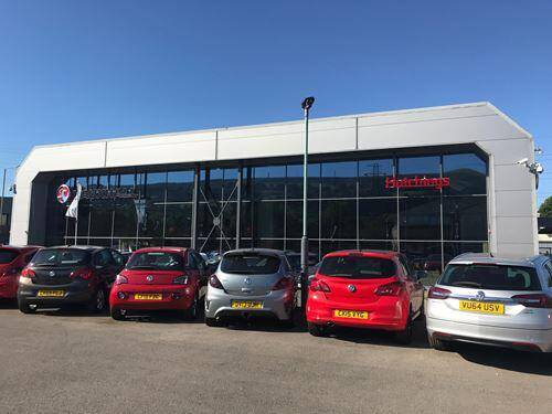HUTCHINGS VAUXHALL OFFERS VAUXHALL'S FULL SUV RANGE AT NETWORK Q SALES EVENT