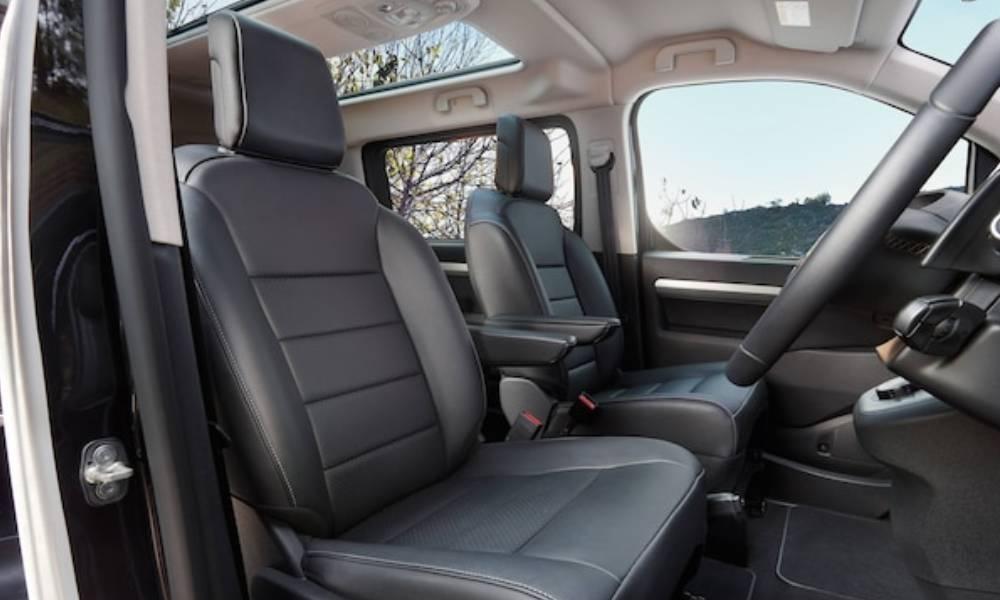Vauxhall - Vivaro Life - Interior